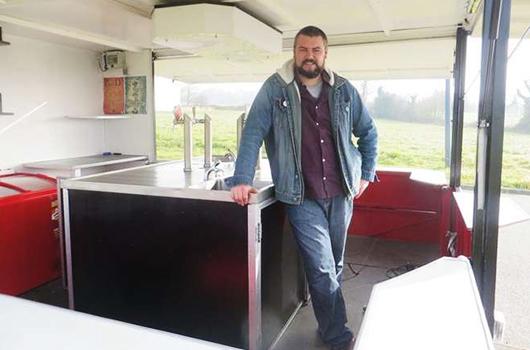 Le premier bistrot mobile de Bretagne par un Breton !