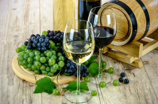 vin blanc et vin rouge